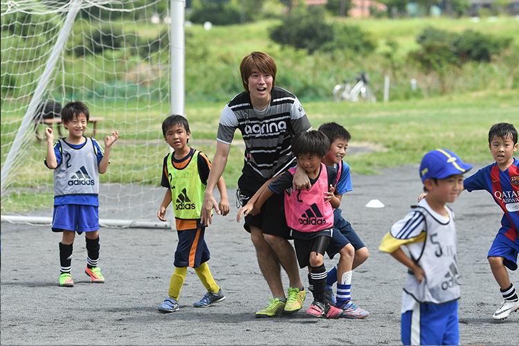 FC東京下部組織出身第1号 馬場憂太選手がルピナスサッカースクール開講